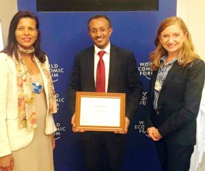 Essayas Woldemariam, Ethiopian International Services MD with the certificate