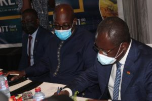 Ghana Cocoa Board signs $1.3b loan for 2020/21 cocoa purchases