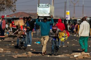 Riots in South Africa could lead to environmental disaster